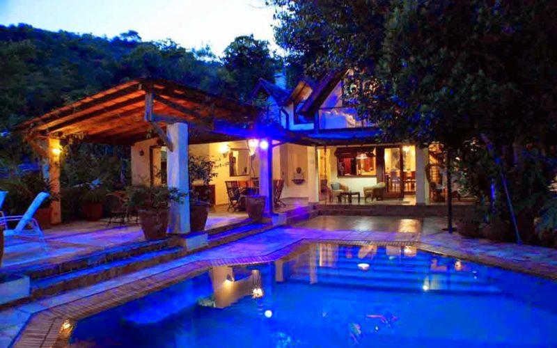spectacular beach villa Ubatuba