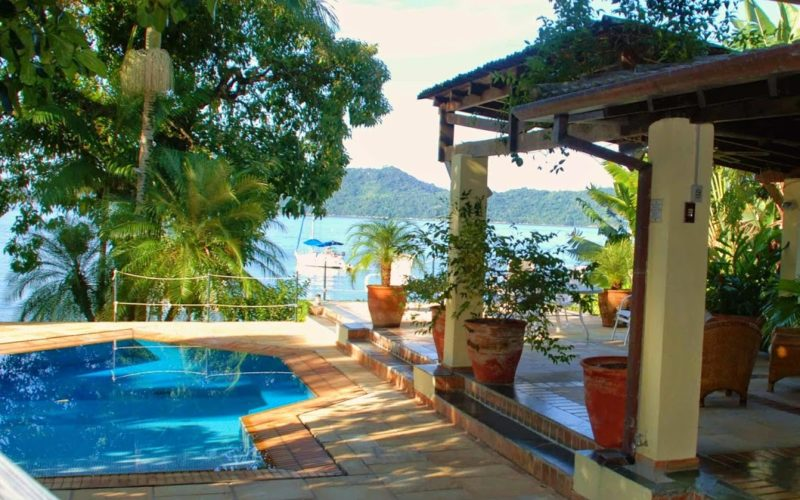 Spectacular Beach Villa Ubatuba with 1800 m² built area