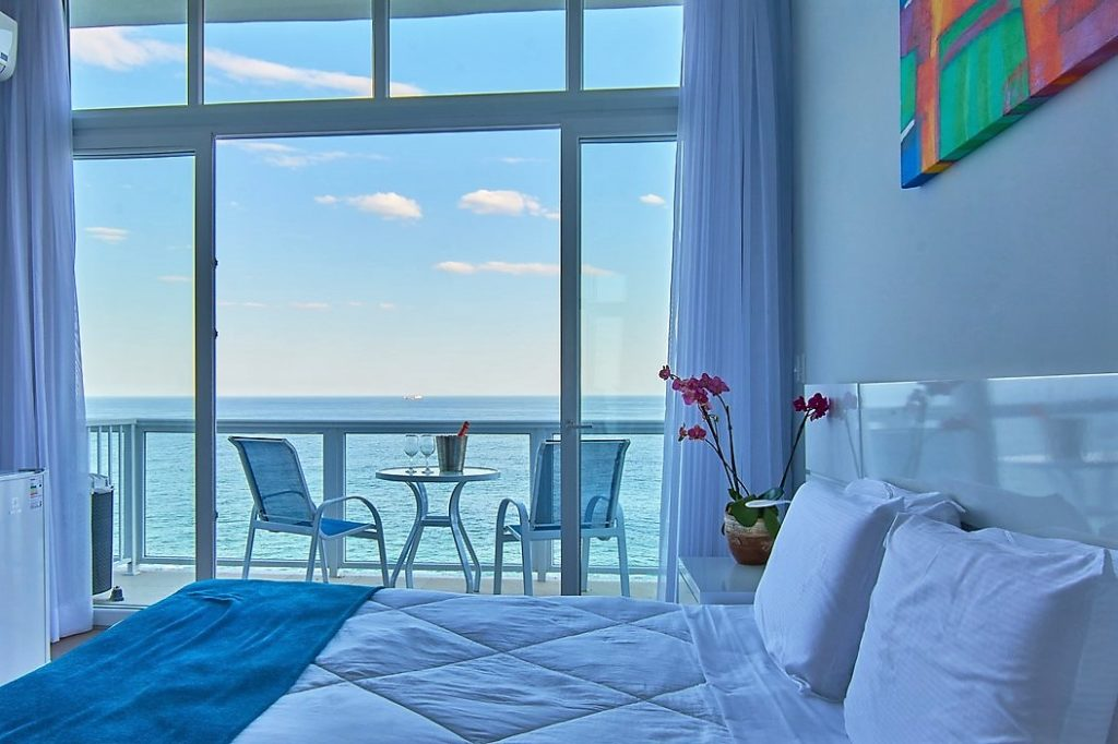 Cliff-top hotel Marica