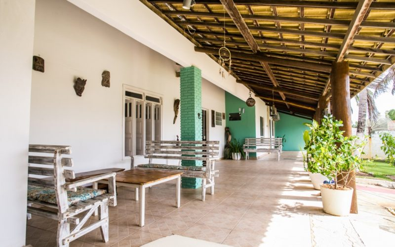 Scenic Hotel and Pousada near Praia do Forte with 10 Suites