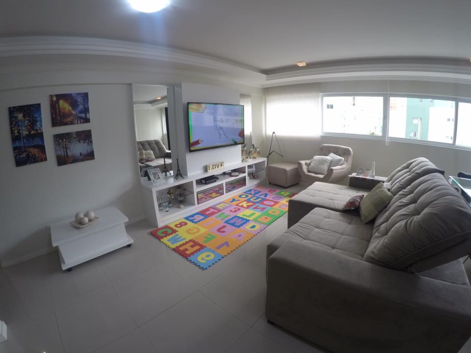 Spacious Apartment with 3 bedrooms completely furnished at Avenida Brasil, Barra Sul