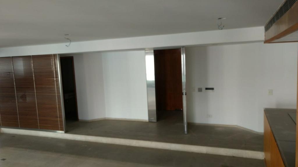Modern Apartment with 350 m² and 4 Suites at the Alameda França, Jardim Paulista