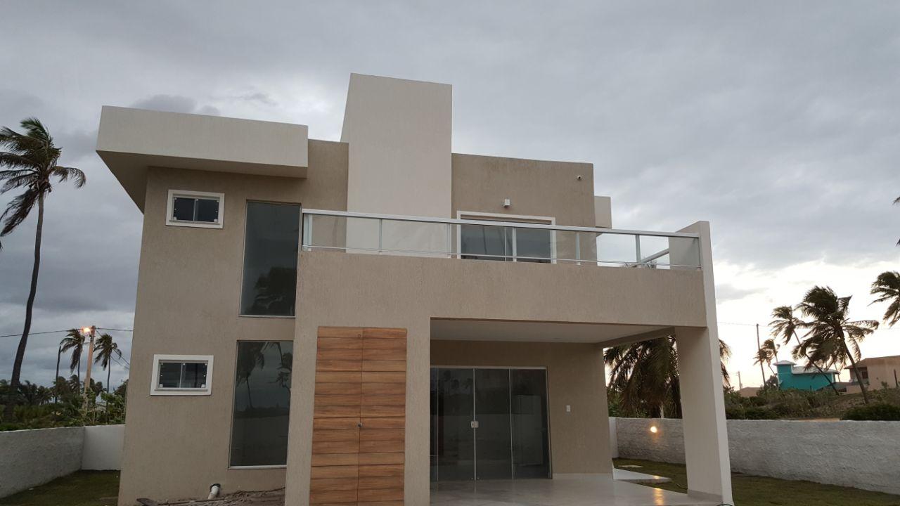 Newly Built Private Home with 158 sqm living area in the Condominio Aguas de Sauipe, Bahia