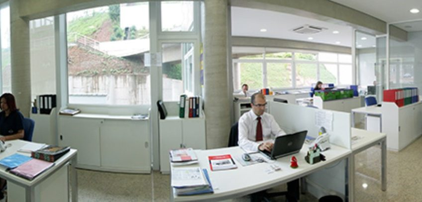 Office Building with 1086 m² in a Commercial Park near Raposa Tavares, São Paulo