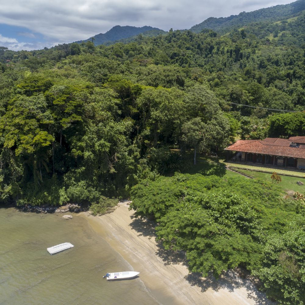land and home paraty